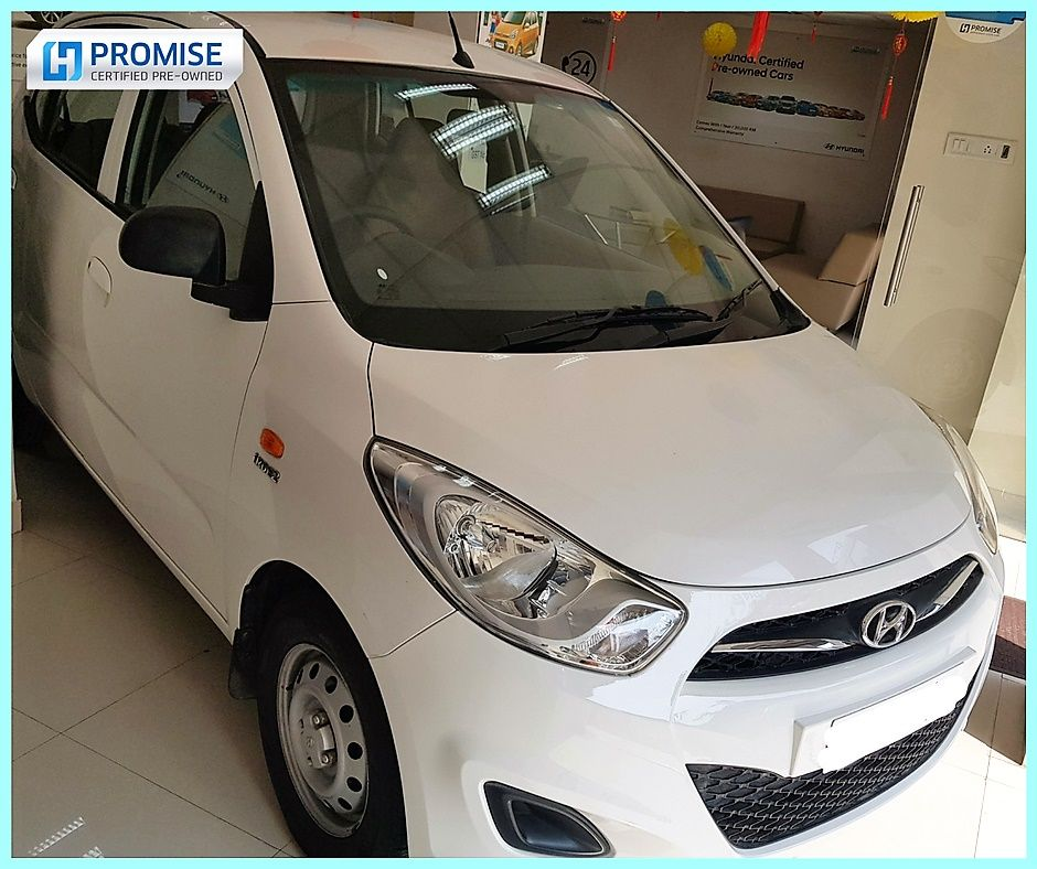 Hyundai Eon Car Exterior Feature - Front Right View