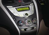 Hyundai Eon Car Interior Features - Centre console