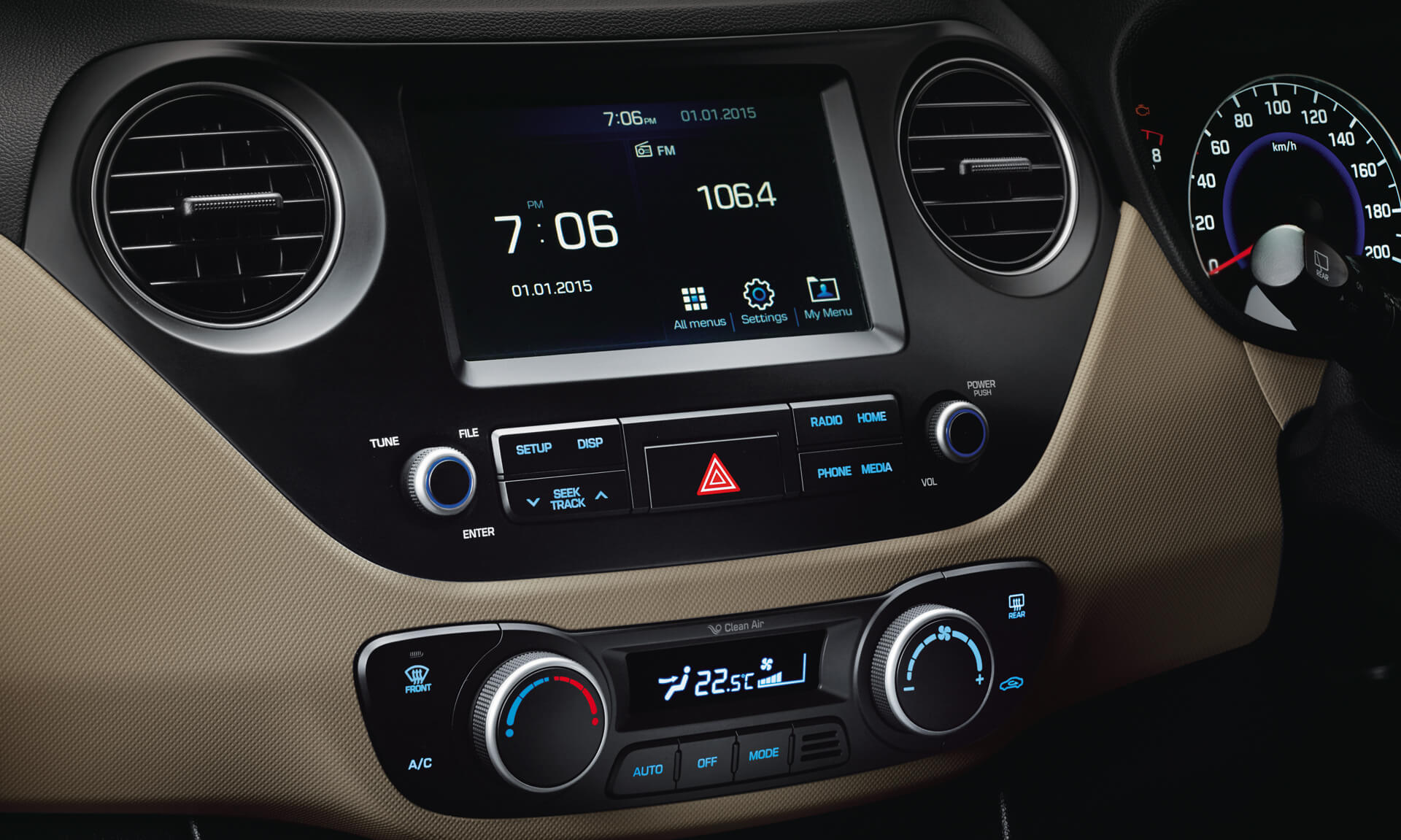 Hyundai Grand i10 Car Interior Feature - Infotainment System
